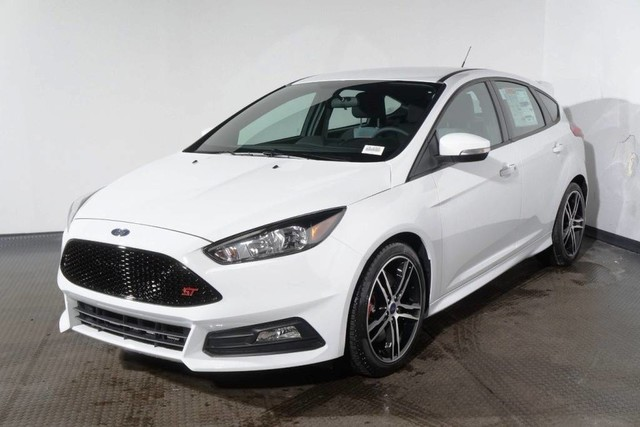 New 2018 Ford Focus ST Hatchback in Red Bank #18-2305 ...